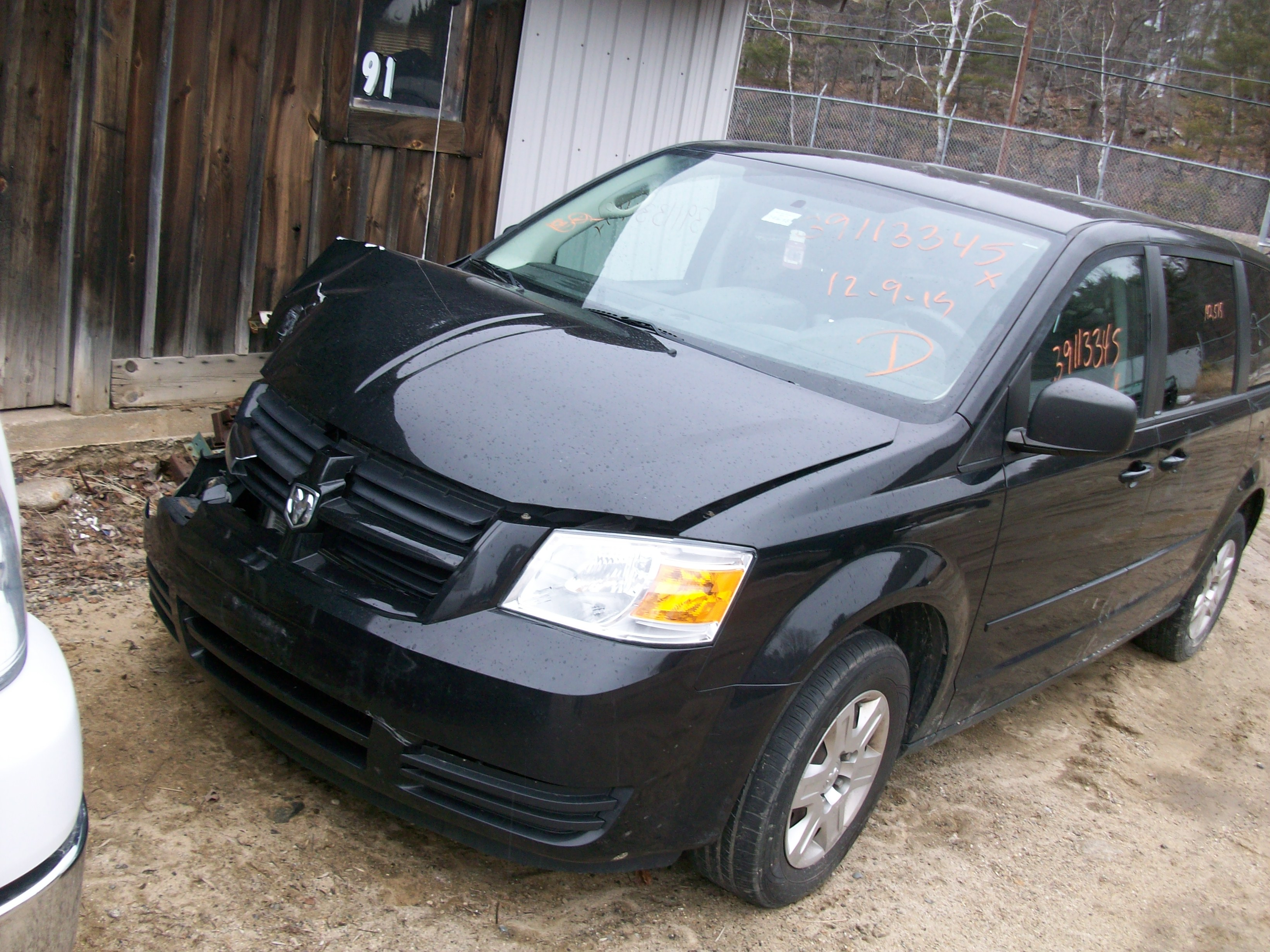 Lashins auto salvage wide selection helpful service and priced 2006 mini cooper s super charged 2010 grand caravan plymouth fandeluxe Image collections